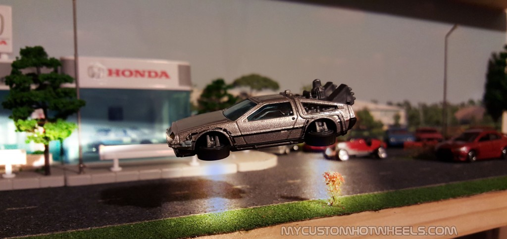 Hotwheels BTTF Delorean in hover mode by MyCustomHotwheels.com