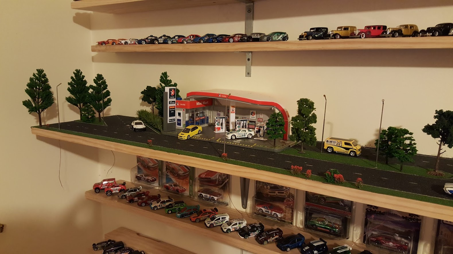Design My Room How To Make A 1 64 Scale Diorama Hotwheels Diecast Cars