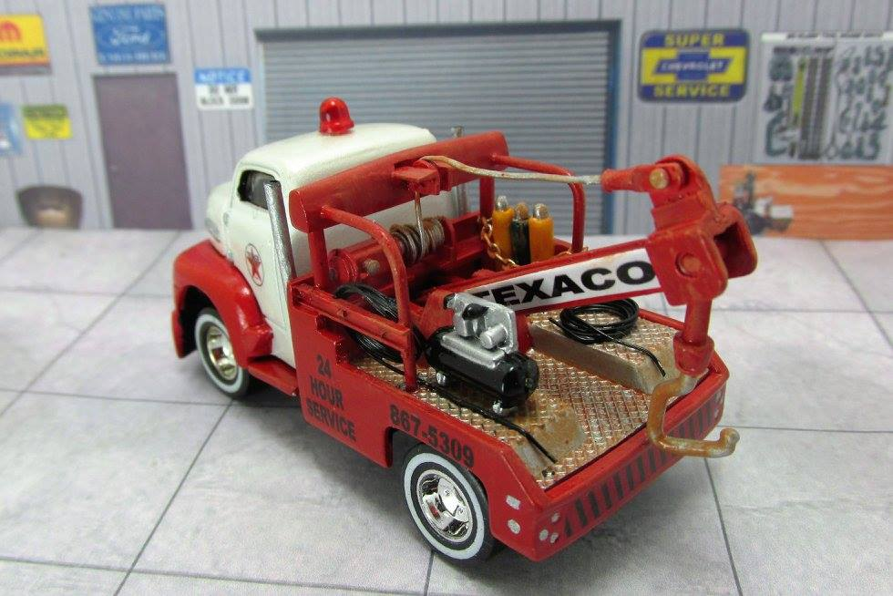 Lloyd Landy - Saints Fan Customs - Texaco Tow Truck 2