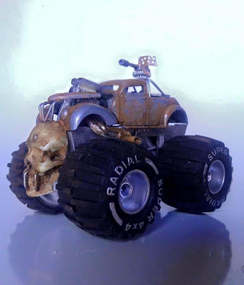 Pauls Customs -Mad mad mad max inspired beast 1