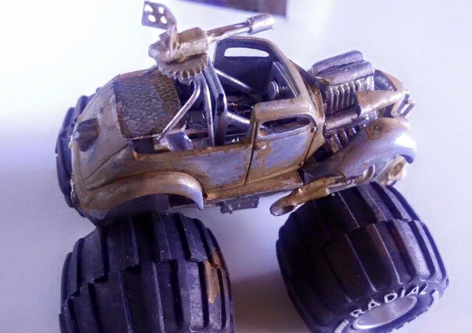 Pauls Customs -Mad mad mad max inspired beast 3