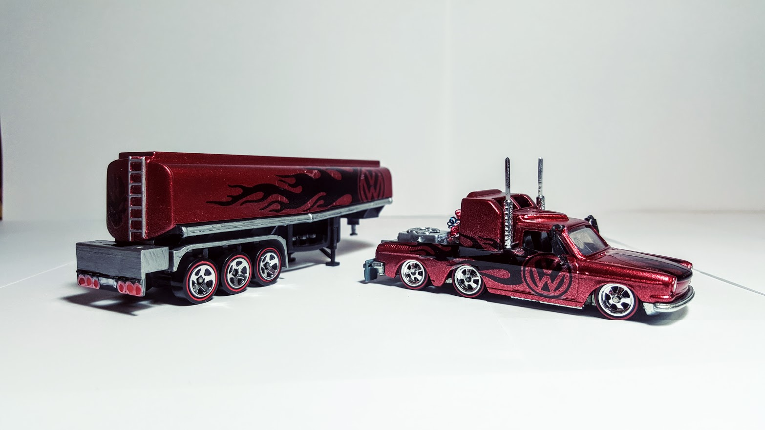 volkswagen squareback tanker truck my custom hot wheels. Black Bedroom Furniture Sets. Home Design Ideas
