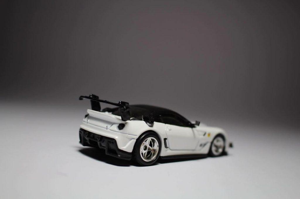 Hot Wheels Ferrari 599XX with custom built wing mirrors