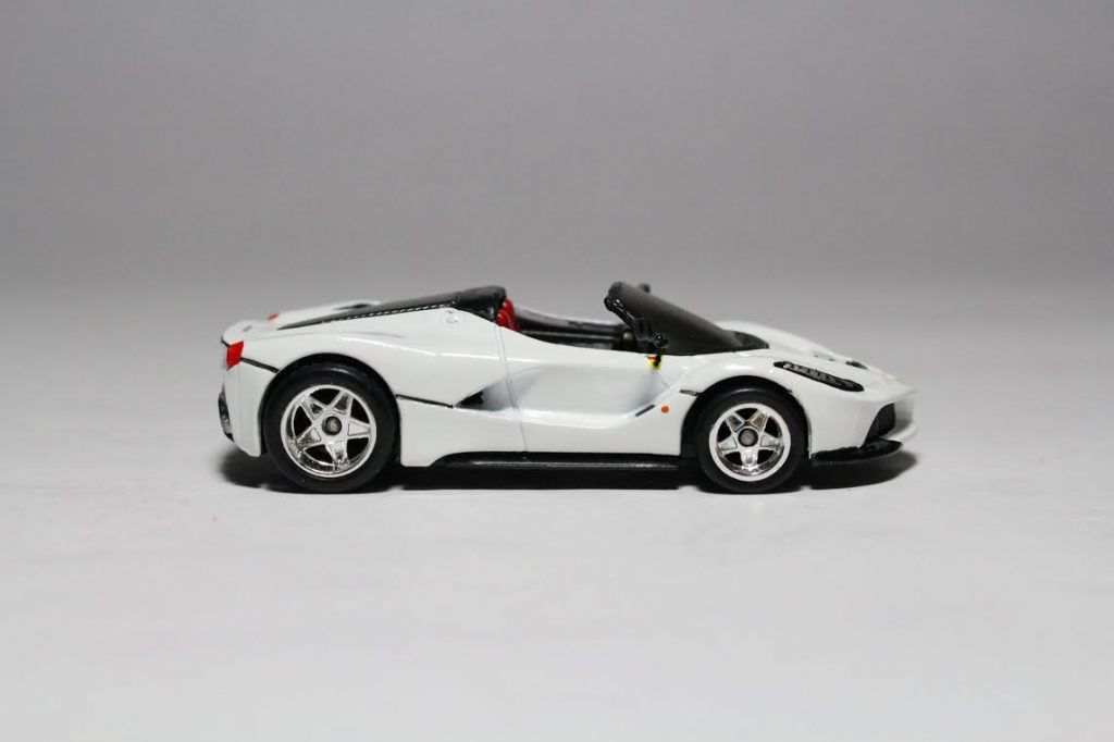 Hot Wheels LaFerrari with custom built wing mirrors