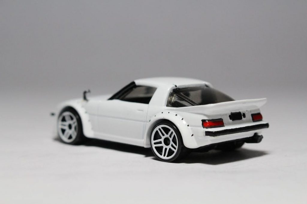 Hot Wheels Mazda RX7 with custom built wing mirrors
