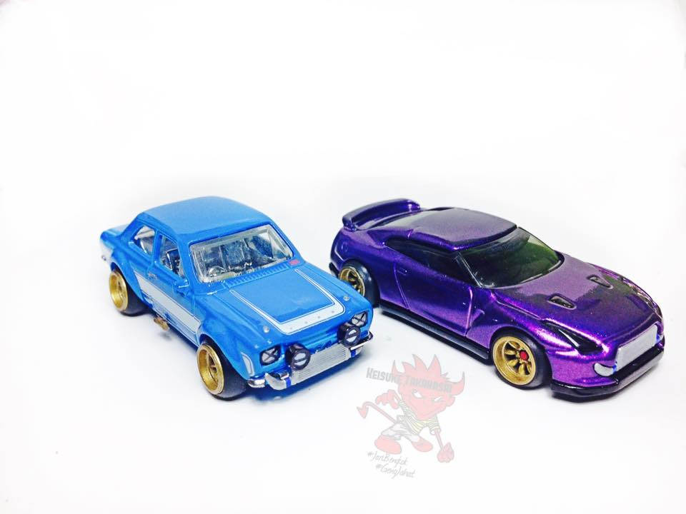 Keisuke Takahashi R35 and Escort customs