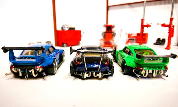 1uzshoob-rauh-welt-custom-hot-wheels-porsche-3