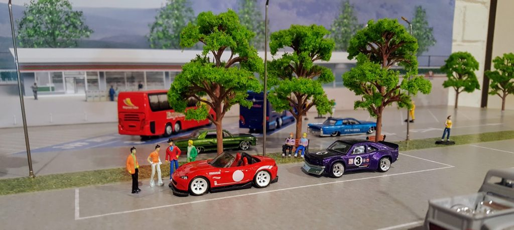 How To Find 1/64 Scale Diorama Figures and Hot Wheels People