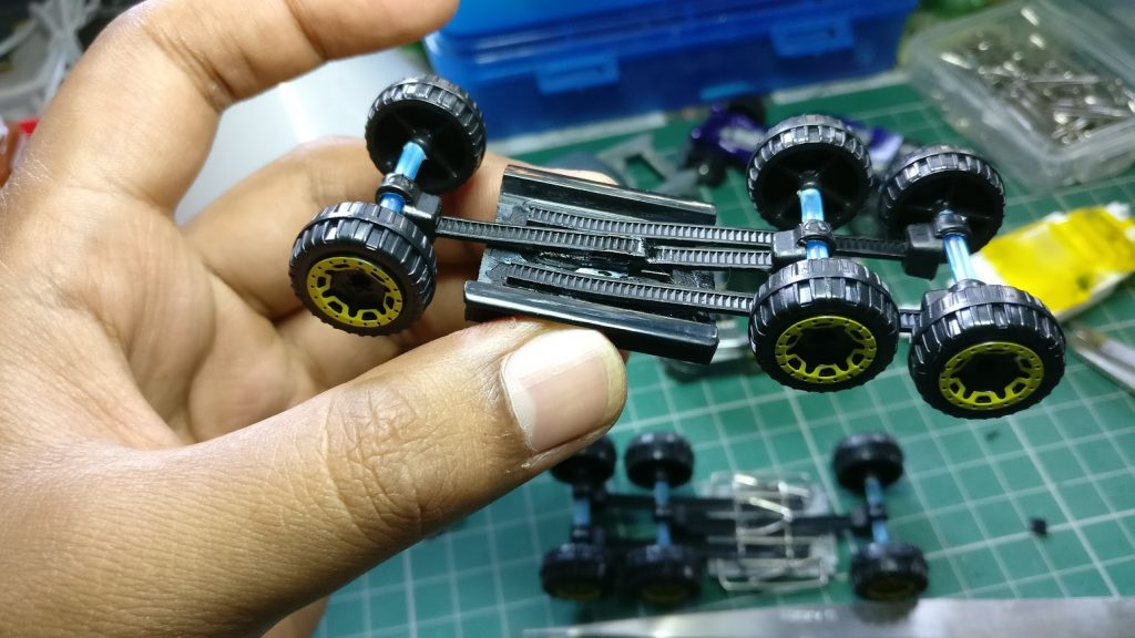 Hot Wheels Leaf Spring Suspension Guide for Diecast Cars