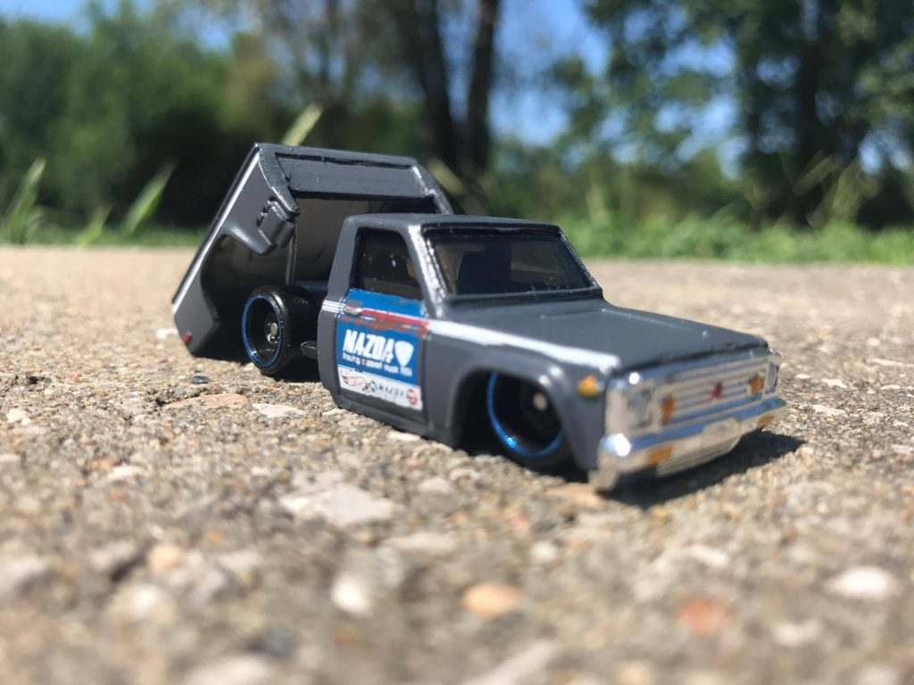 How to Make a Tilting Bed for your Hotwheels Mini Truck