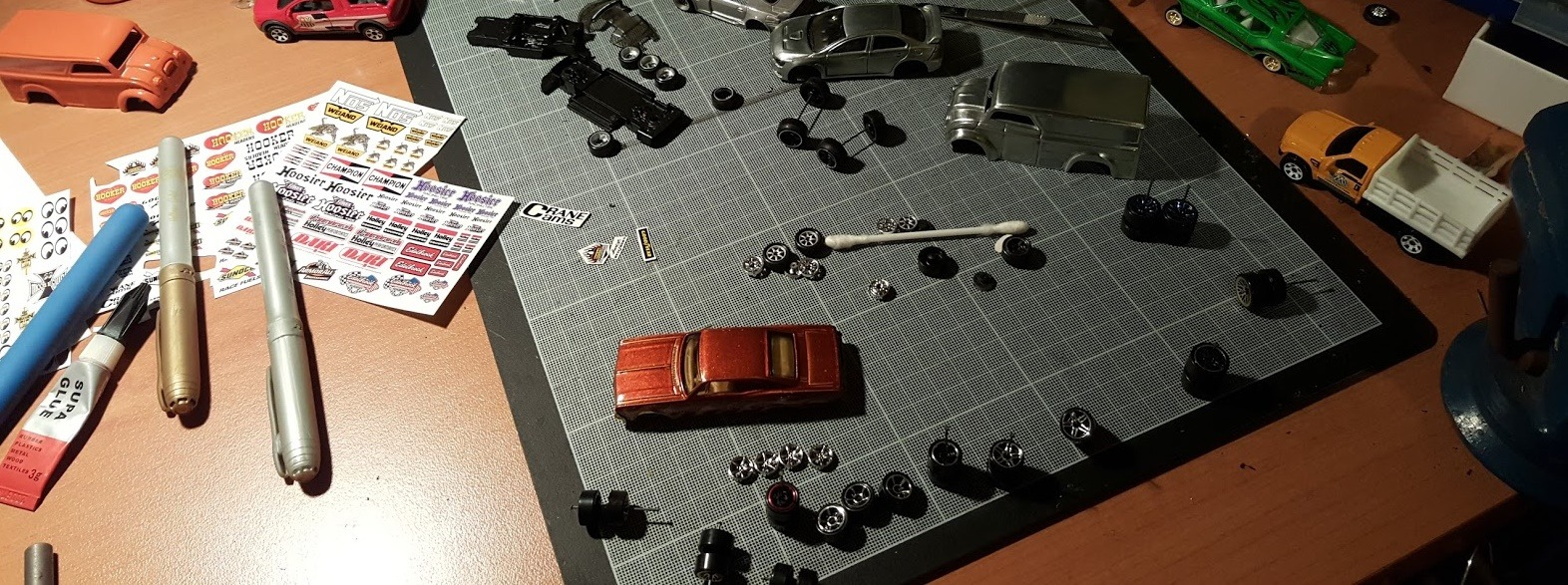 how to make axles for hotwheels diecast cars