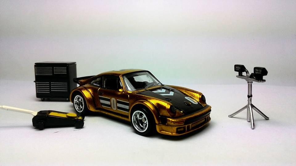 Rashdi Razaha Gold Porsche 1