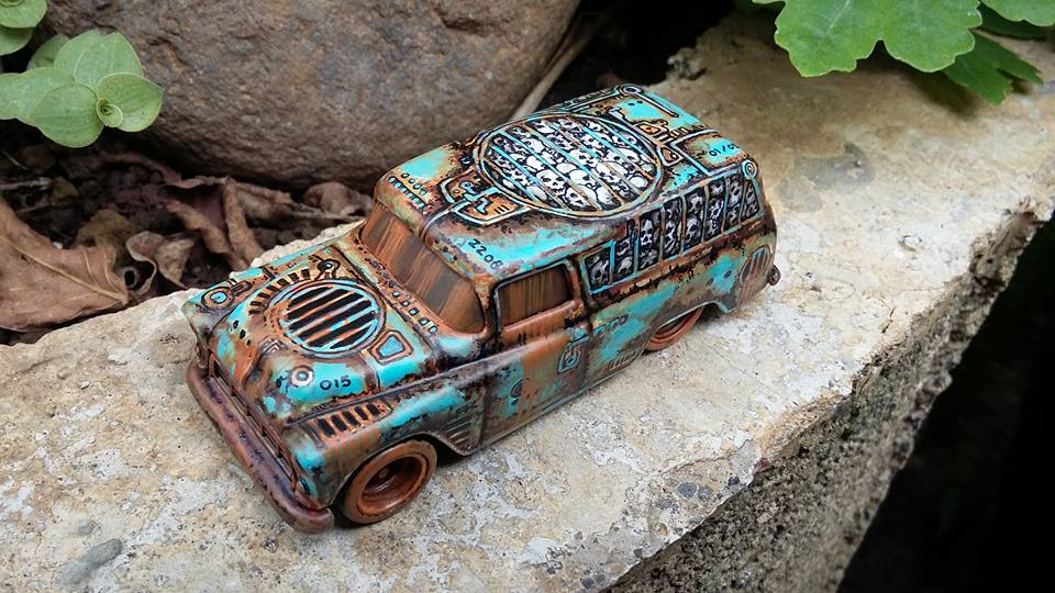 Holzmobel Fathur Handpainted custom hot wheels 1