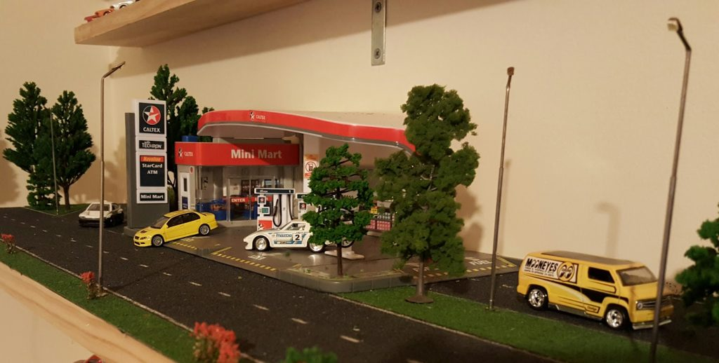 Caltex servo - diorama early days 2 closeup