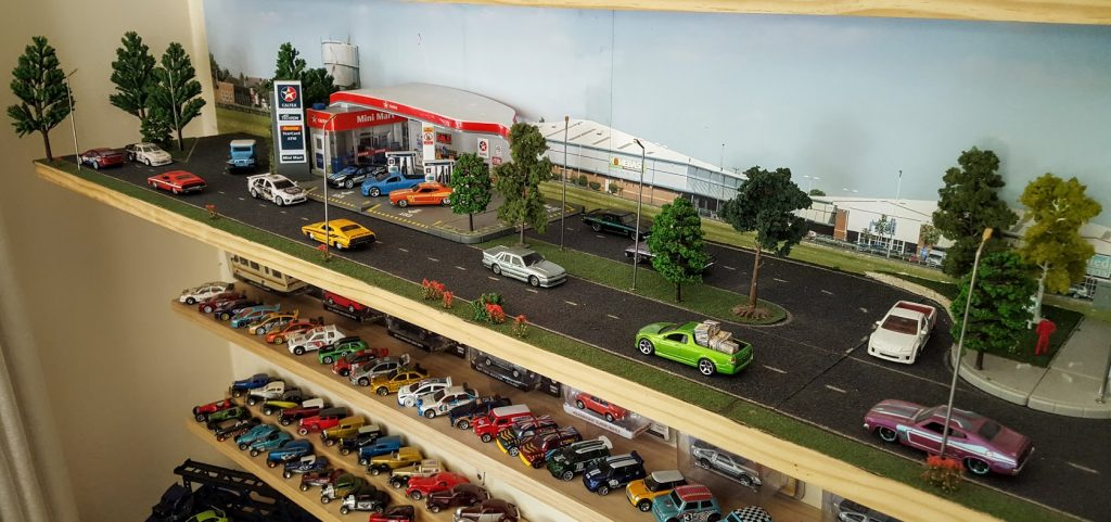 diecast diorama life in 1:64 scale - diorama shelf