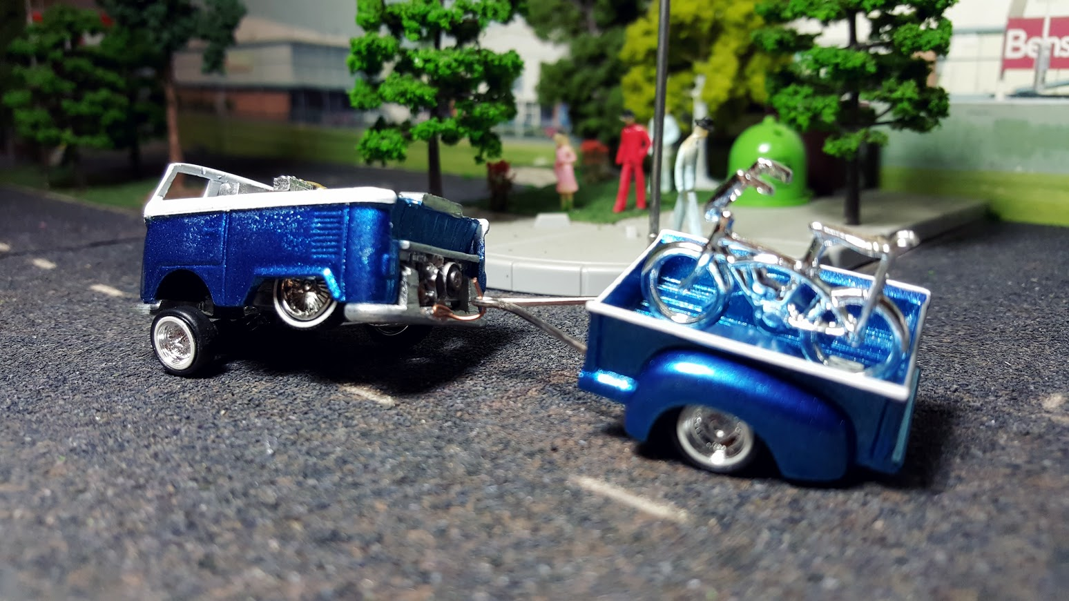 Hot Wheels Kool Kombi custom low rider dub stepper