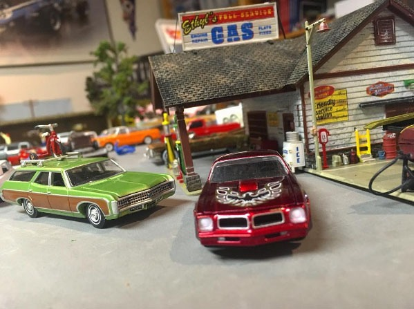 how to make a hot wheels diorama for 1:64 scale diecast cars
