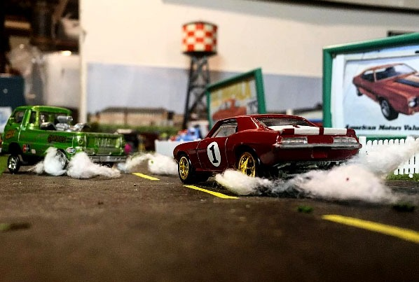 hotrod_crazy-hot-wheels-diorama-8