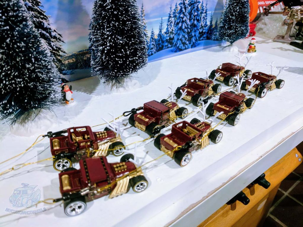 Christmas Themed Custom Hot Wheels Diecast Cars