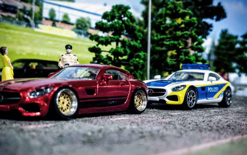 AMG Police Take Down in 164 scale