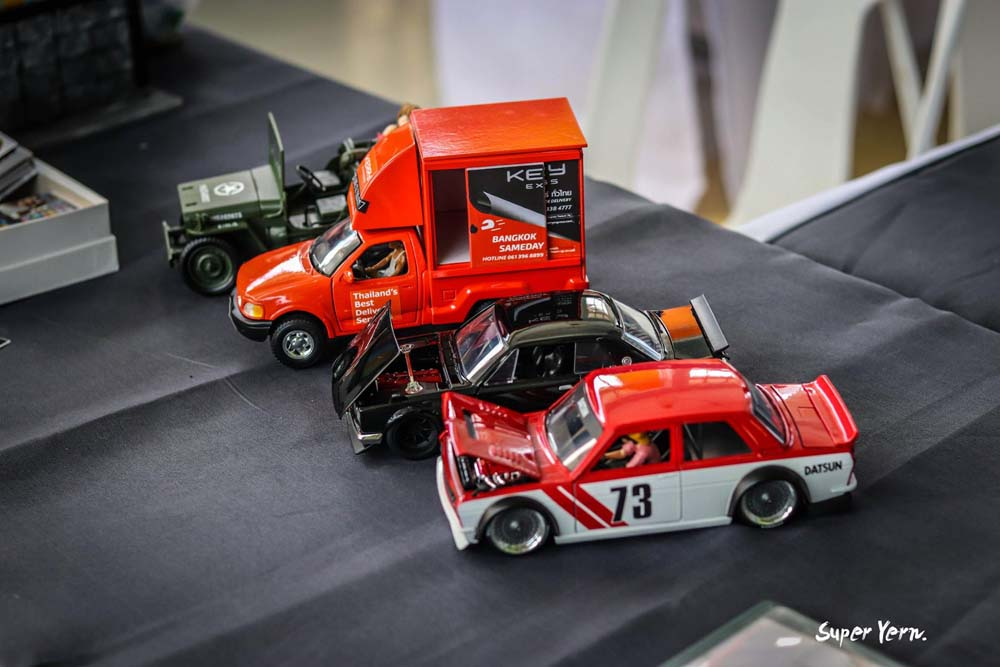 Amazing 1:24 scale custom cars on display at the Thai Custom Model Festival