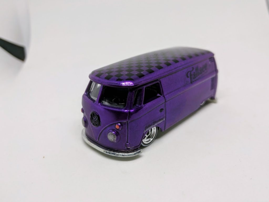Hot Wheels Fatlace VW T1 Panel Bus - Purple edition