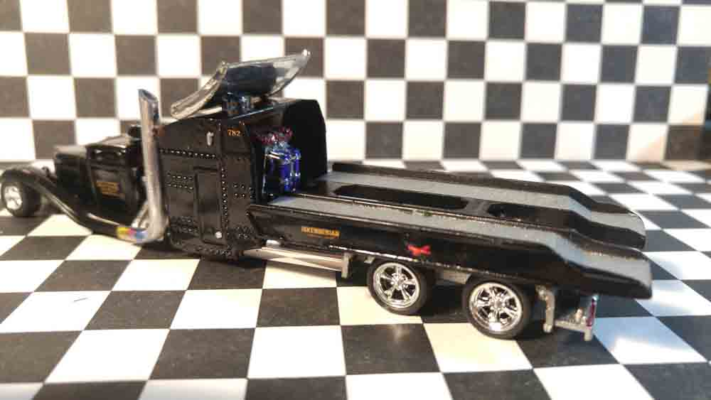 Ratted Hauler by Gary Keith