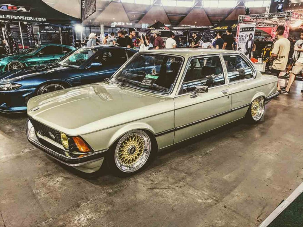 1979 BMW looking helladope