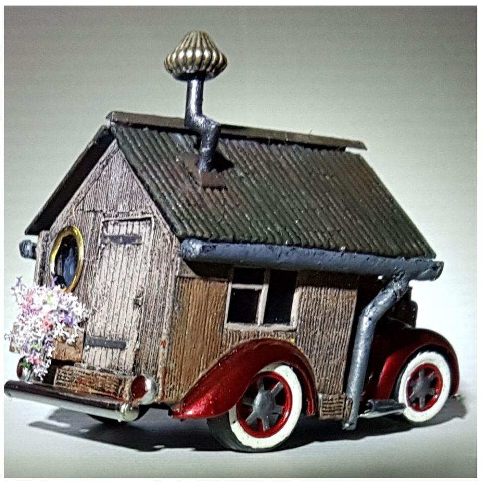 Jools Grant Tooned Beetle House