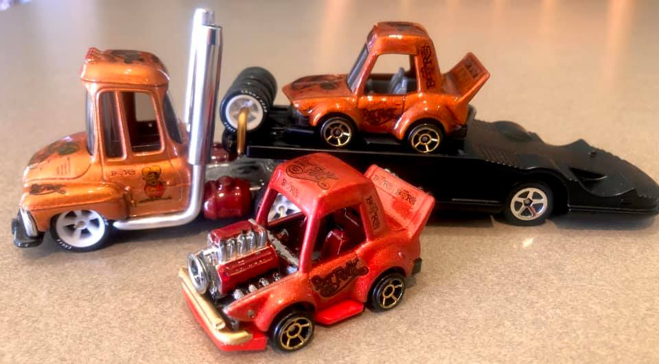 Custom Tooned Hauler by Tony Bendall